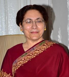 Njena ekselencija ambasadorka Indije, g-đa Narinder Čauhan