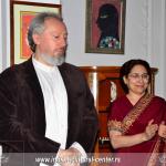 Profesor dr Predrag Nikić - predsednik  Indijskog kulturnog centra i ambasadorka Indije Narinder Čauhan