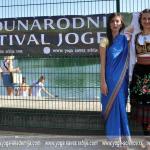 Predstavnice-Joga-saveza-Srbije-prilikom-otvaranja-IV-Međunarodnog-joga-festivala-Srbija-2013.-na-beogradskoj-Adi.jpg