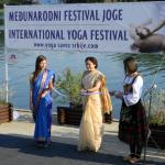 Ambasadorka Indije u Srbiji Narinder Čauhan prilkom otvaranja IV Međunarodnog festivala joge u Srbiji 2013.